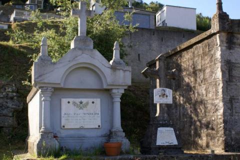 Cimetière de Petreto-Bicchisano -Mémoire de Jules Mondoloni et de Charlot Bonafedi