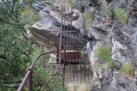 La Grotte de Porri,