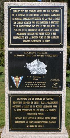 Stèle en hommage aux combattants de Lévie
