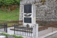 Monument de Petreto Bicchisano à la mémoire des résistants